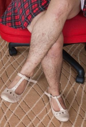 Hairy Legs Mature