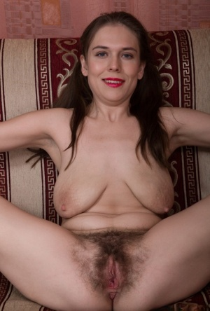 Hairy Mature Saggy Tits